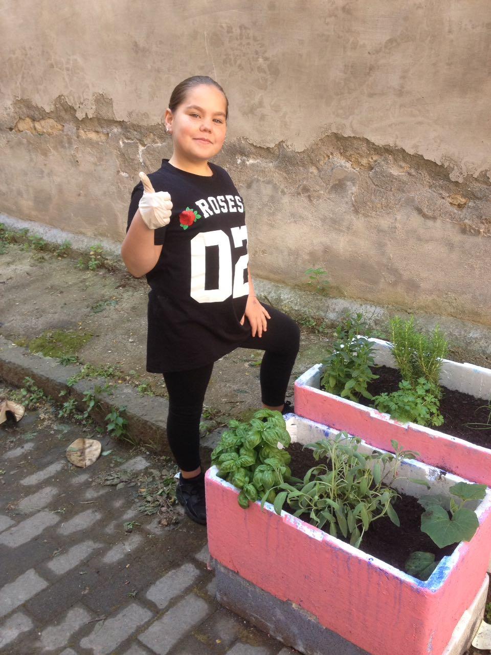 La scuola nel giardino  -  plesso Cairoli